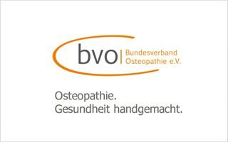 Der Bundesverbad Osteopathie hat dem Bayerischen Staatsministerium für Gesundheit und Pflege nun ein aktuelles Rechtsgutachten vorgelegt, um Klärung zu schaffen, wer Osteopathie anbieten darf.